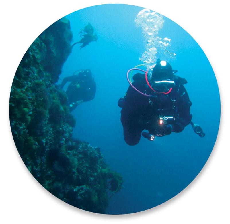 Kim Seeling Smith, Master SCUBA Diver